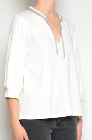 Camiseta cuello gris